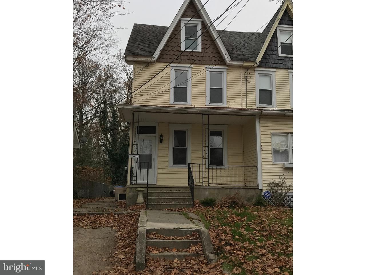 联栋屋 为 出租 在 244 RUTLAND Avenue Mount Holly, 新泽西州 08060 美国