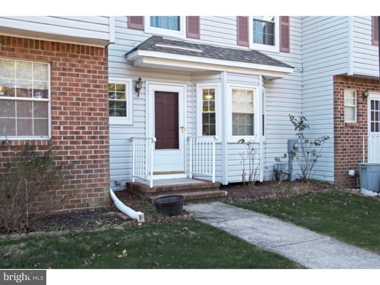 Maison en rangée pour l à louer à 18 BORDENSHIRE Drive Bordentown, New Jersey 08505 États-Unis