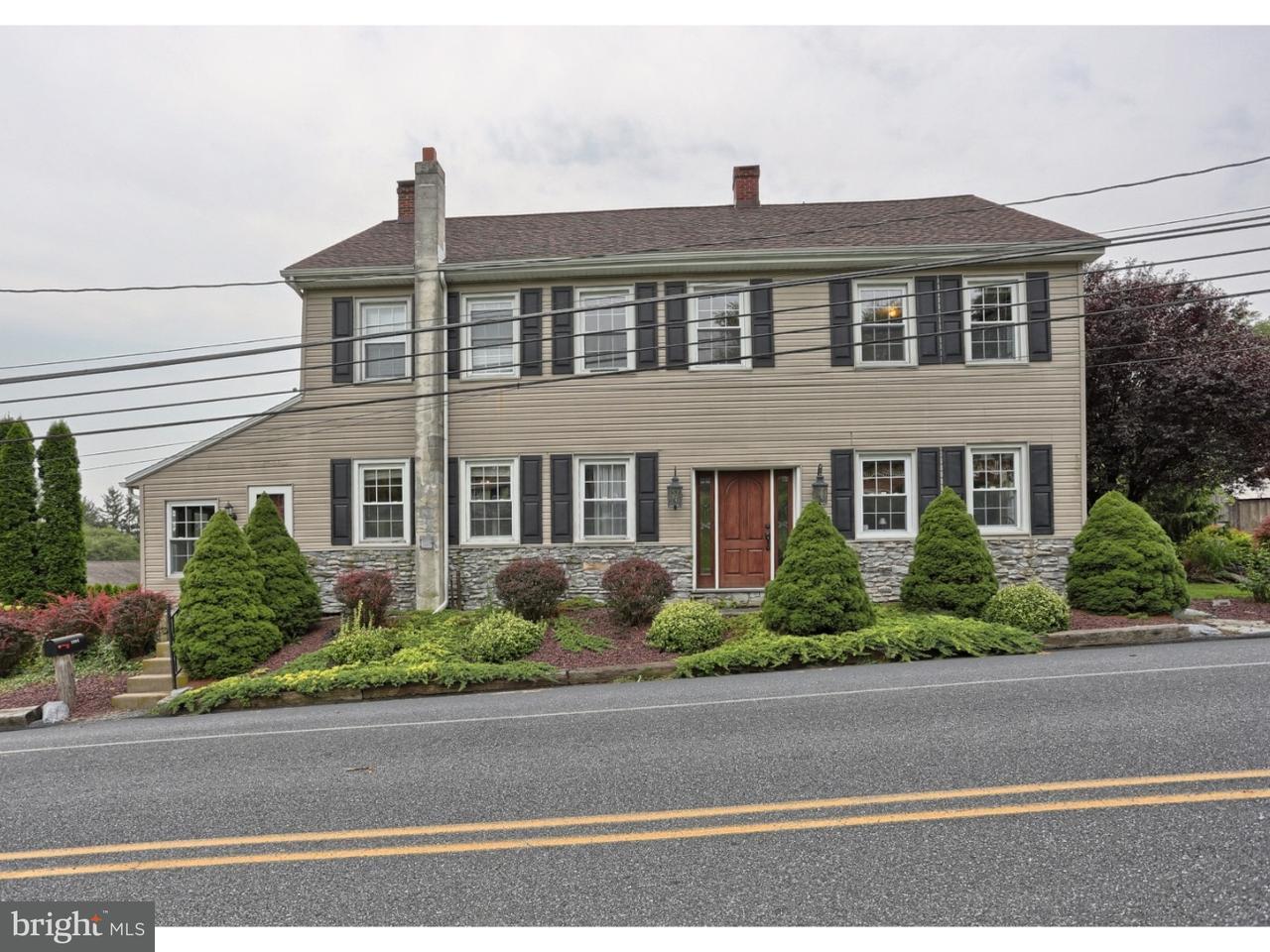 Частный односемейный дом для того Продажа на 1004 TULPEHOCKEN Richland, Пенсильвания 17087 Соединенные Штаты