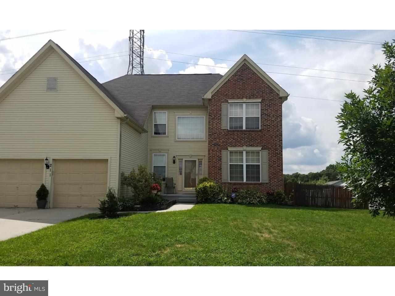 Maison unifamiliale pour l Vente à 211 STOCKTON BLVD Berlin Boro, New Jersey 08009 États-Unis