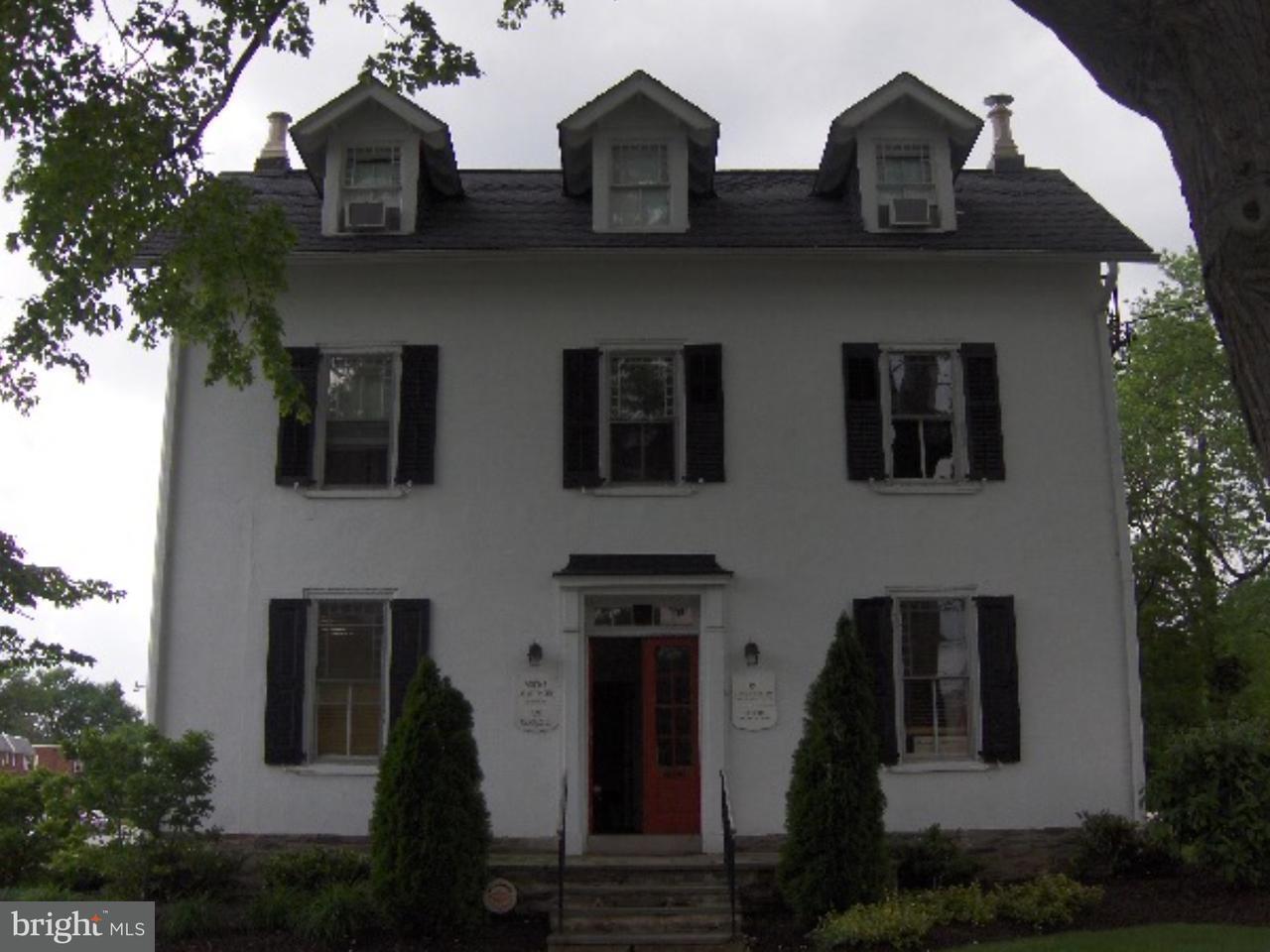 Maison unifamiliale pour l Vente à 709 BETHLEHEM PIKE #C Erdenheim, Pennsylvanie 19038 États-Unis