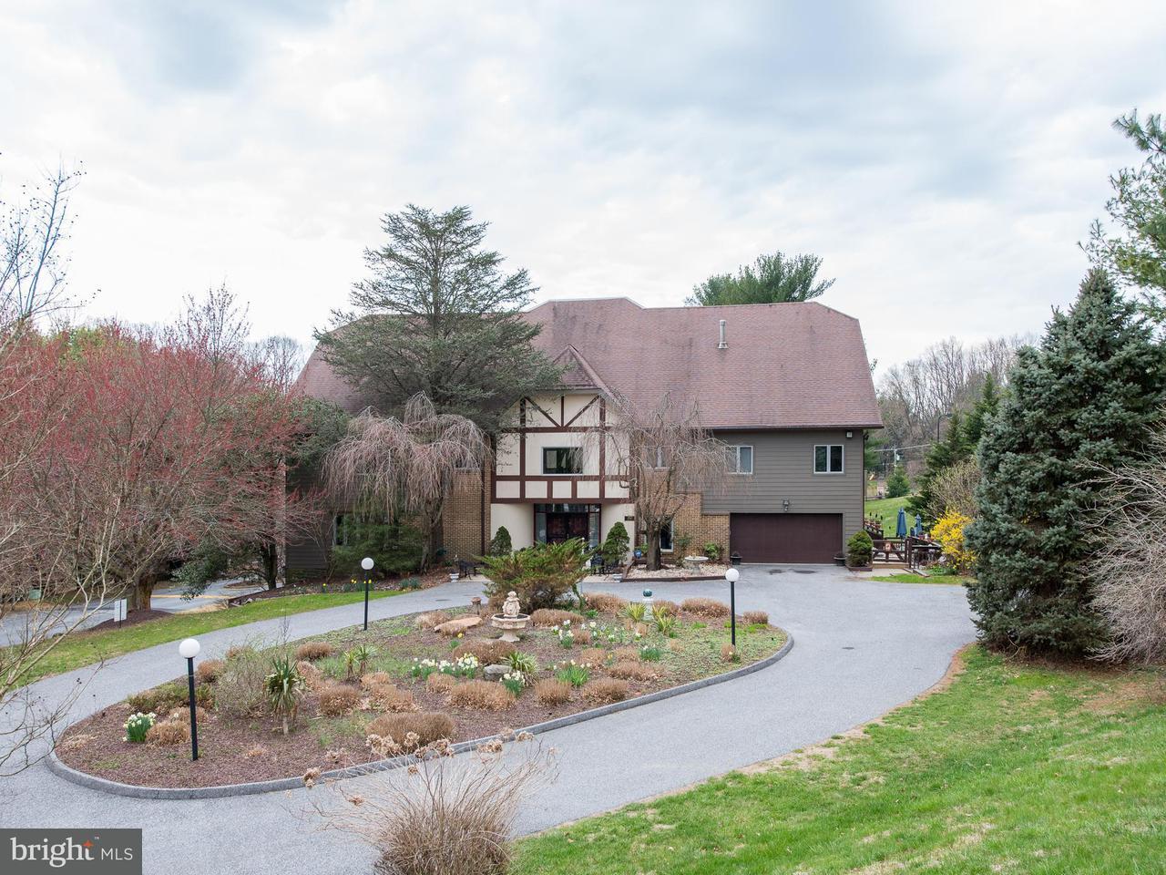 獨棟家庭住宅 為 出售 在 10610 Pot Spring Road 10610 Pot Spring Road Cockeysville, 馬里蘭州 21030 美國