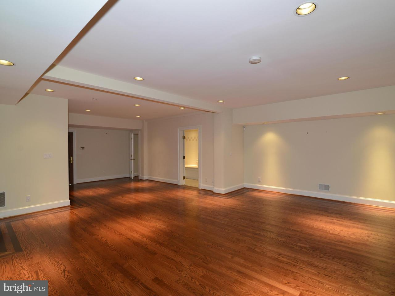 Additional photo for property listing at 103 POPLAR Lane 103 POPLAR Lane Occoquan, 弗吉尼亞州 22125 美國