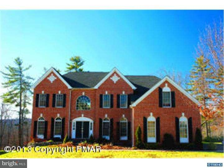 Single Family Home for Sale at 1633 BIG RIDGE Drive East Stroudsburg, Pennsylvania 18302 United States