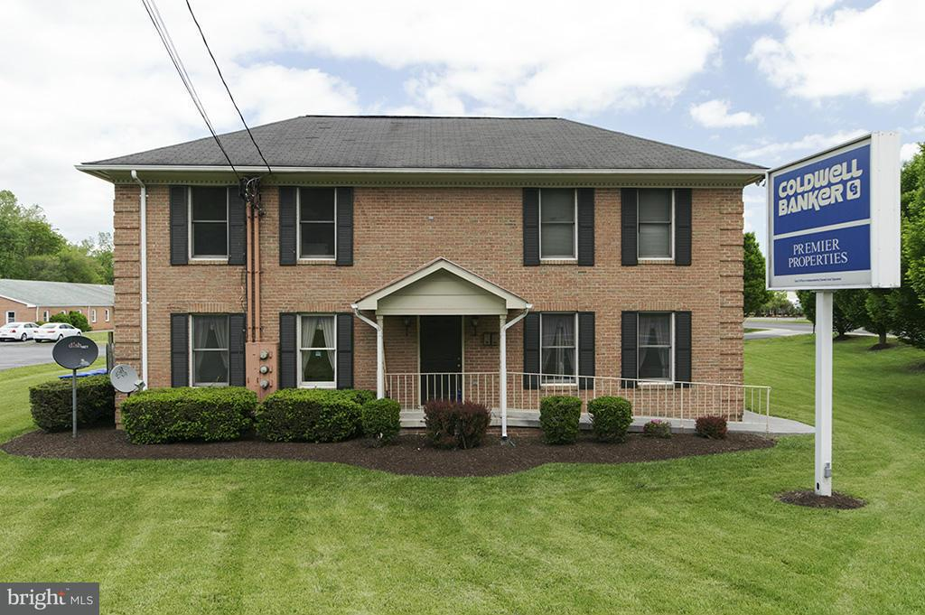 Other Residential for Rent at 907 Royal Ave Front Royal, Virginia 22630 United States