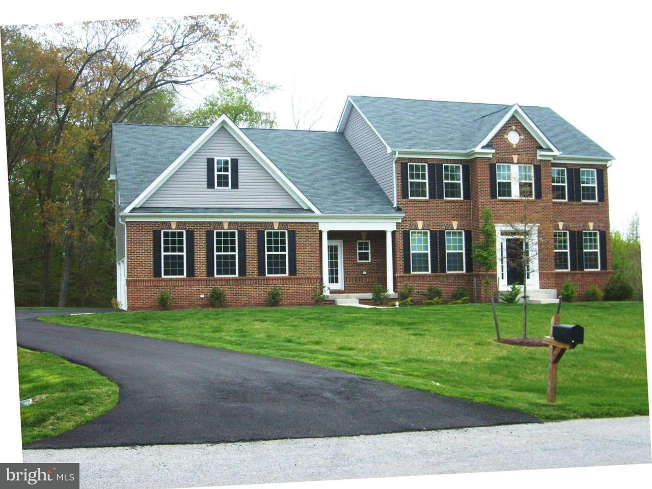 独户住宅 为 销售 在 15702 CARLEE Court 15702 CARLEE Court Accokeek, 马里兰州 20607 美国