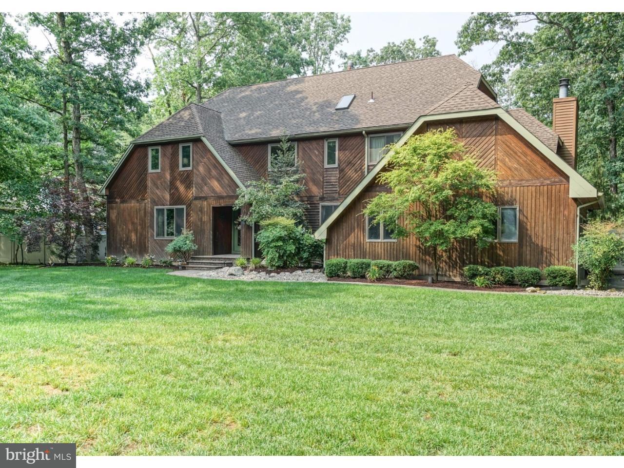Частный односемейный дом для того Продажа на 13 SHADOW LAKE Lane Shamong, Нью-Джерси 08088 Соединенные Штаты