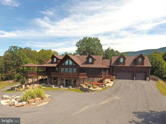 独户住宅 为 销售 在 594 South Branch Mountain Road 594 South Branch Mountain Road Moorefield, 西弗吉尼亚州 26836 美国