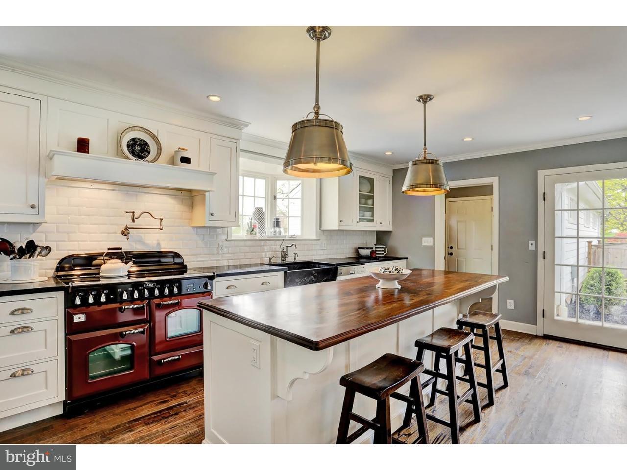 Частный односемейный дом для того Продажа на 697 GEORGETOWN FRANKLIN TPKE Skillman, Нью-Джерси 08558 Соединенные ШтатыВ/Около: Montgomery Township