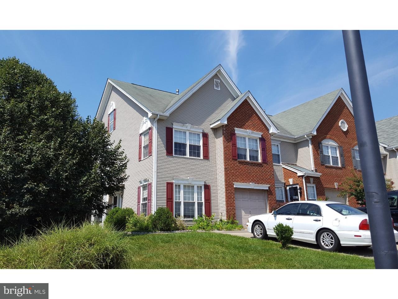 Casa unifamiliar adosada (Townhouse) por un Venta en 13 LA COSTA Drive Blackwood, Nueva Jersey 08012 Estados Unidos