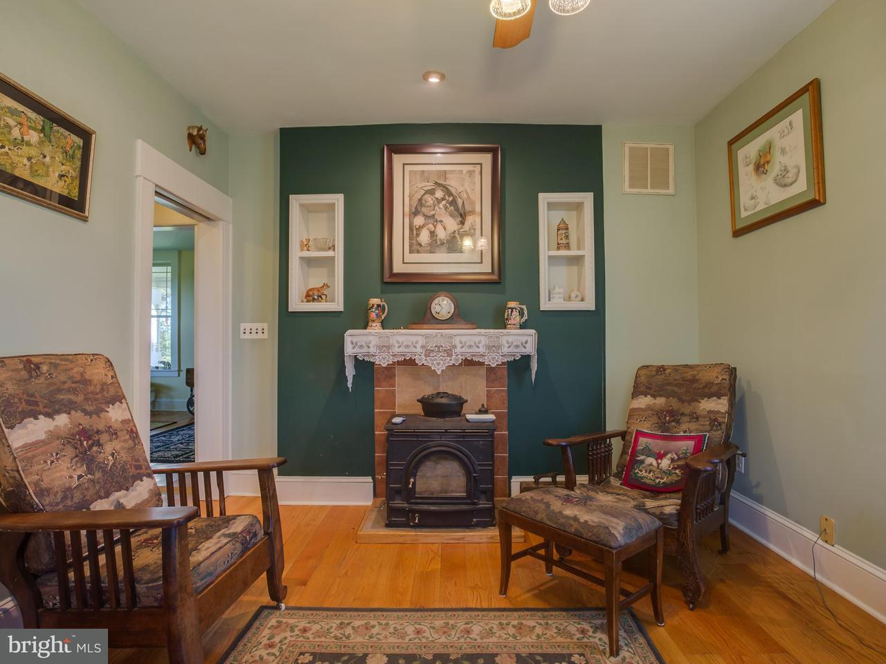 Additional photo for property listing at 27277 RAPIDAN Road 27277 RAPIDAN Road Rapidan, Virginia 22733 États-Unis