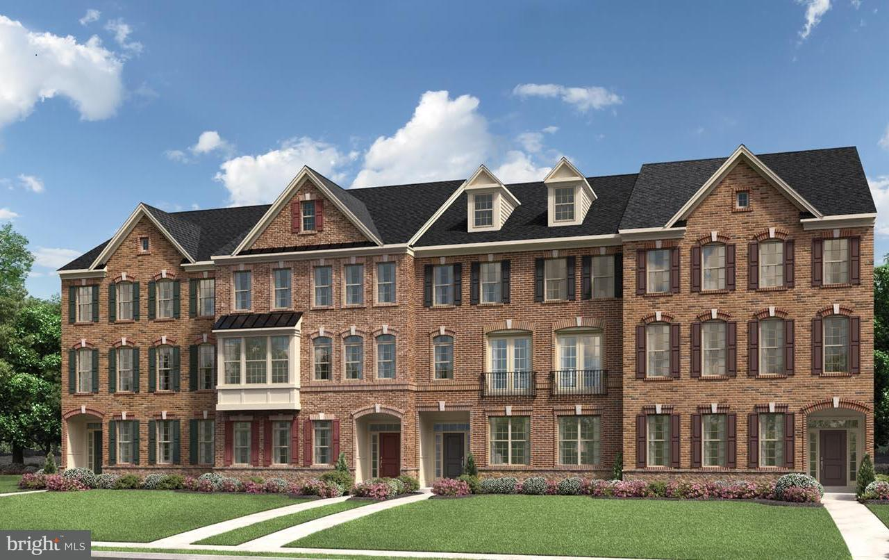 Townhouse for Sale at 43141 CLARENDON SQ 43141 CLARENDON SQ Ashburn, Virginia 20148 United States
