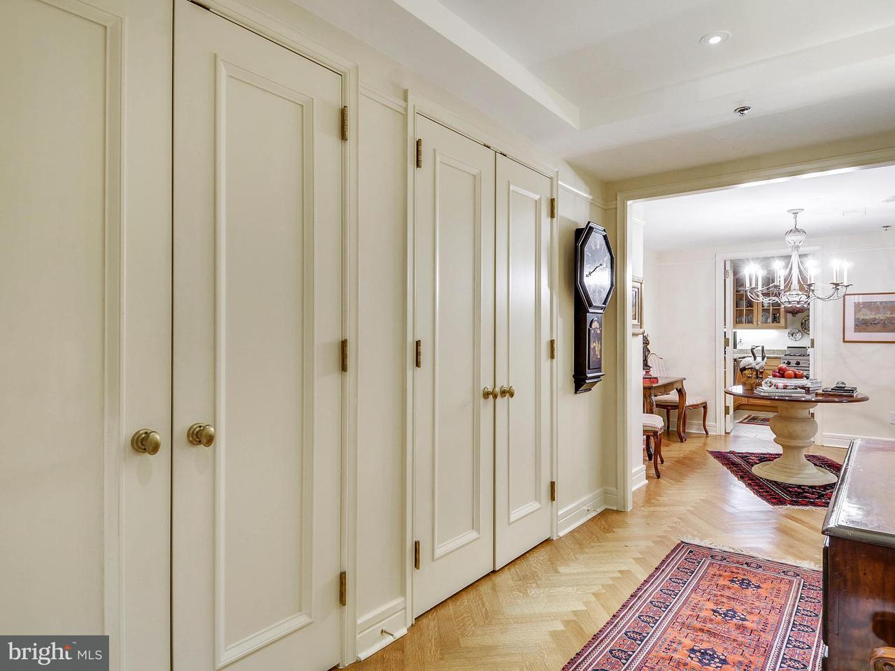 Additional photo for property listing at 1155 23rd St NW #2e  Washington, District Of Columbia 20037 United States