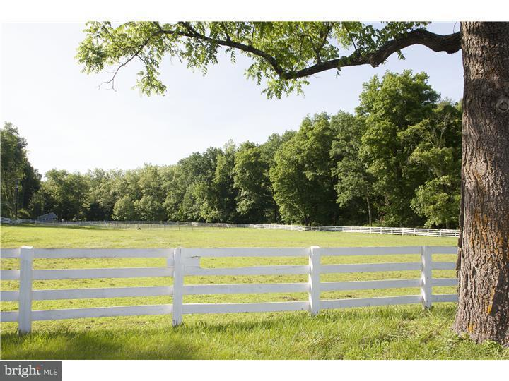 Additional photo for property listing at 649 HEADQUARTERS Road  Ottsville, Pennsylvanie 18942 États-Unis