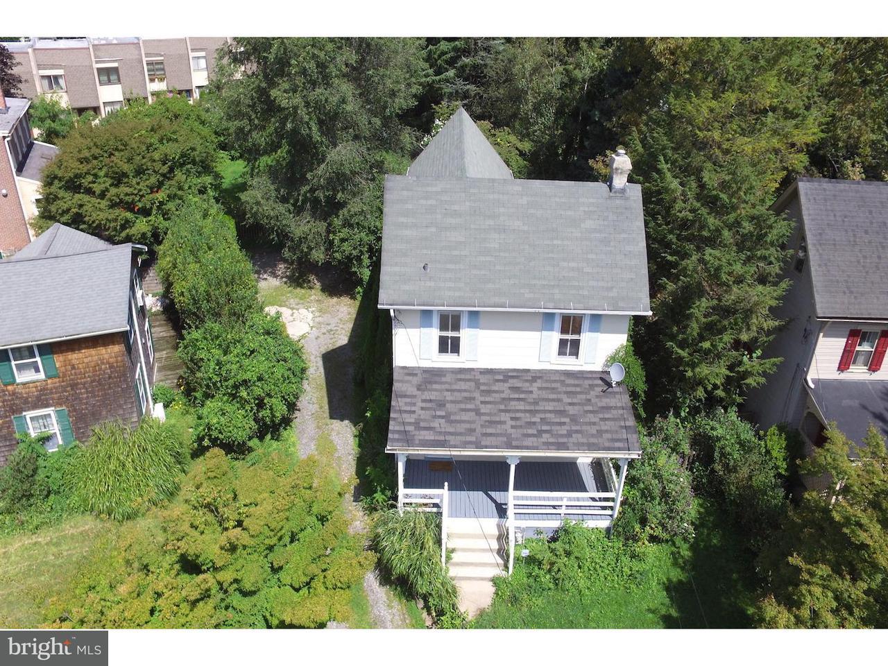 Частный односемейный дом для того Аренда на 523 OLD LANCASTER Road Haverford, Пенсильвания 19041 Соединенные Штаты
