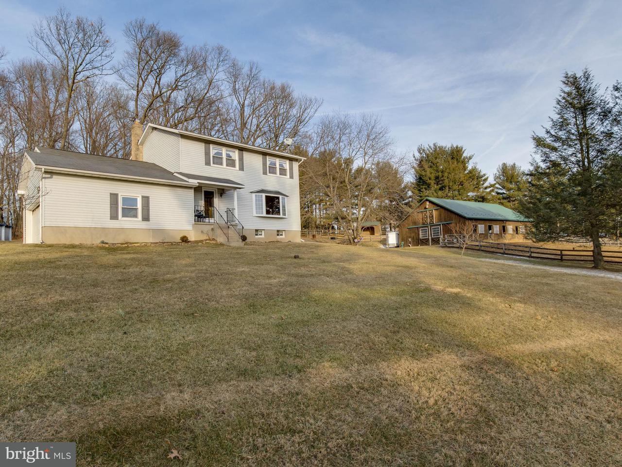 Granja por un Venta en 5141 Hoffmanville Road 5141 Hoffmanville Road Millers, Maryland 21102 Estados Unidos