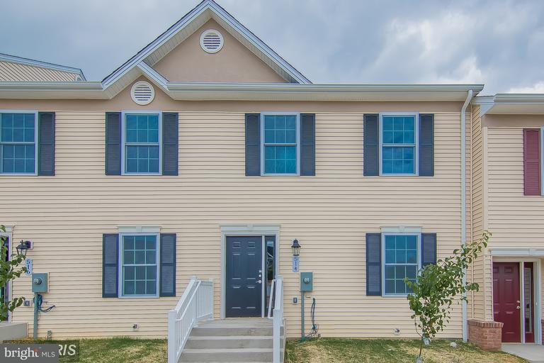 Other Residential for Rent at 514 Hotchkiss Dr Woodstock, Virginia 22664 United States