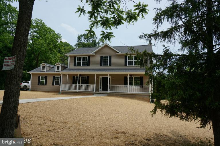 Einfamilienhaus für Verkauf beim SUMERDUCK Road SUMERDUCK Road Sumerduck, Virginia 22742 Vereinigte Staaten