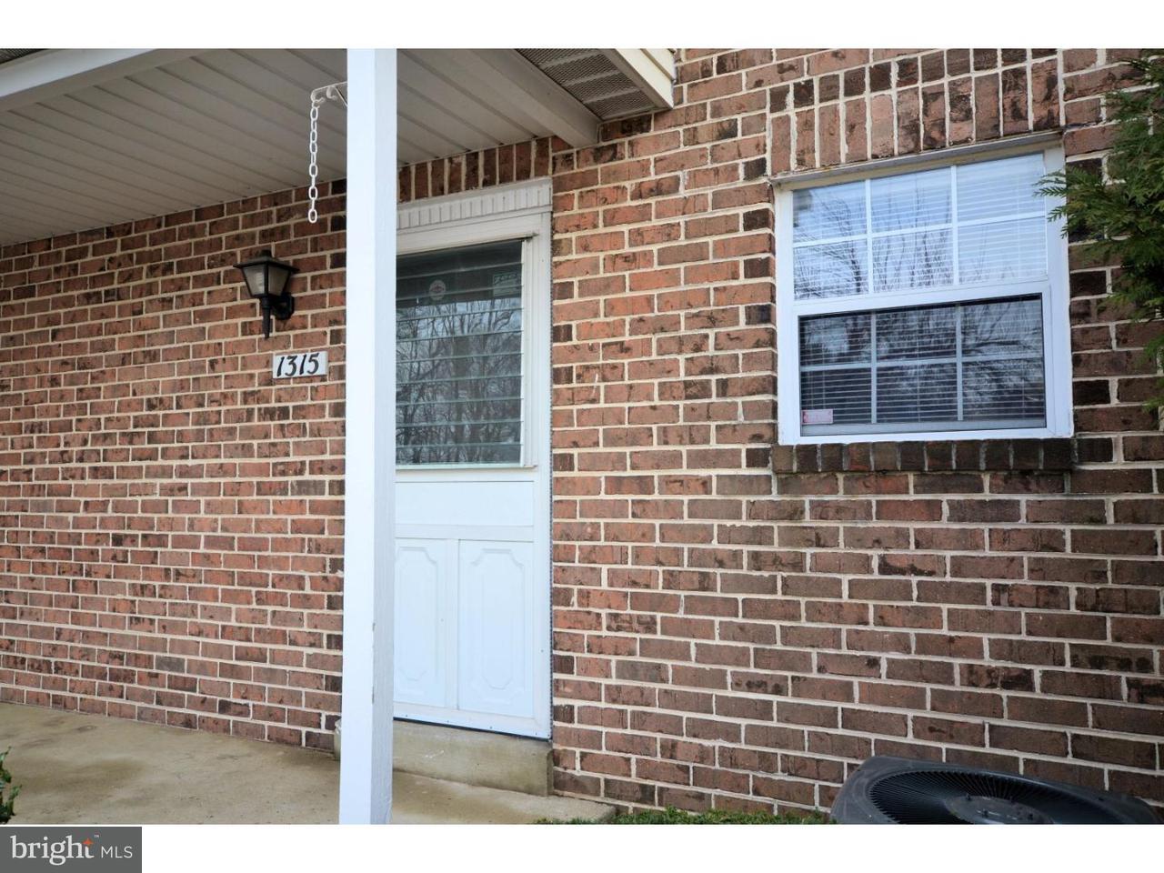 共管式独立产权公寓 为 出租 在 1315 VALLEY GLEN Road 埃尔金斯帕克, 宾夕法尼亚州 19027 美国