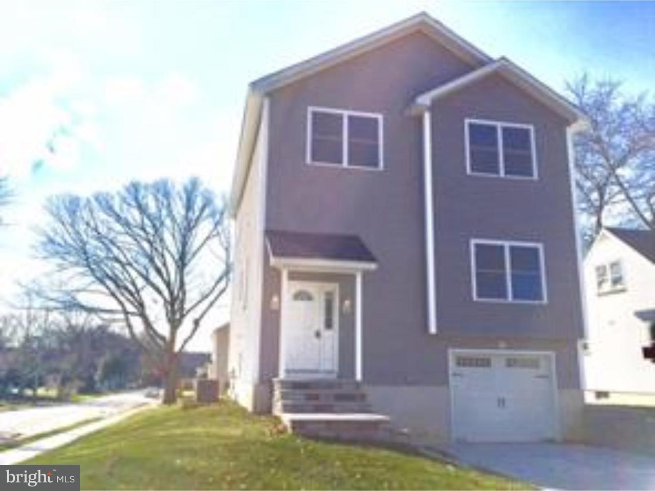 Casa Unifamiliar por un Venta en 65 ROOSEVELT Parlin, Nueva Jersey 08859 Estados Unidos