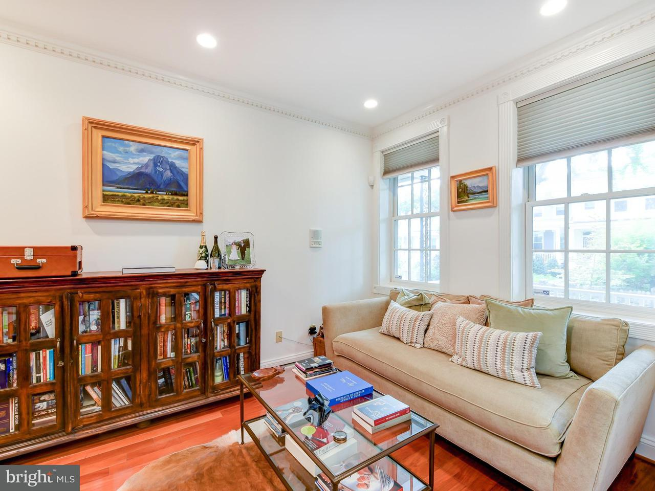 Additional photo for property listing at 1310 Corbin Pl NE  Washington, District Of Columbia 20002 United States