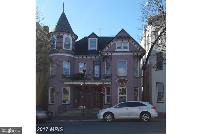 Other Residential for Rent at 110 Main St W Waynesboro, Pennsylvania 17268 United States