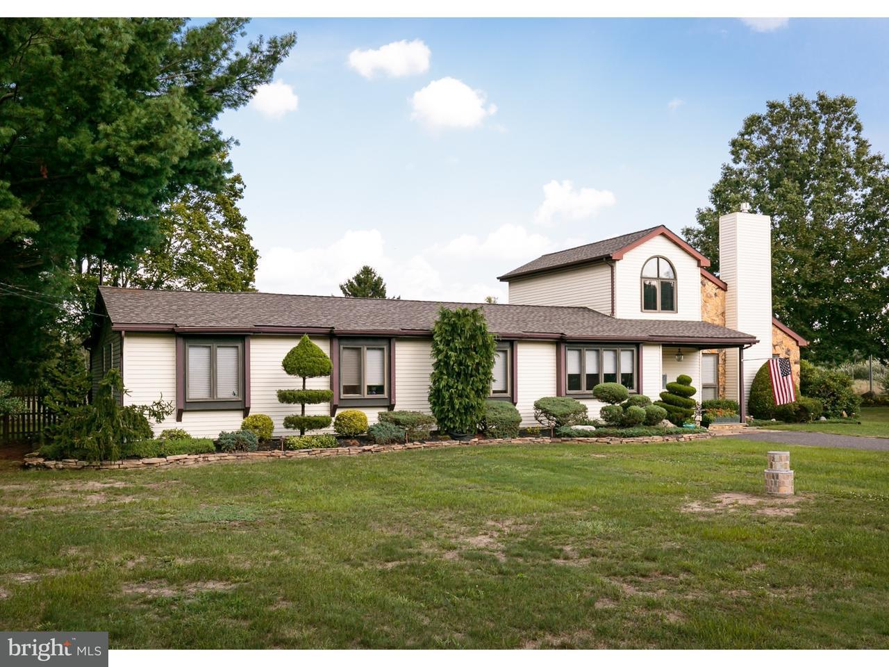 Casa Unifamiliar por un Venta en 326 OLD WHITE HORSE PIKE Waterford Works, Nueva Jersey 08089 Estados Unidos