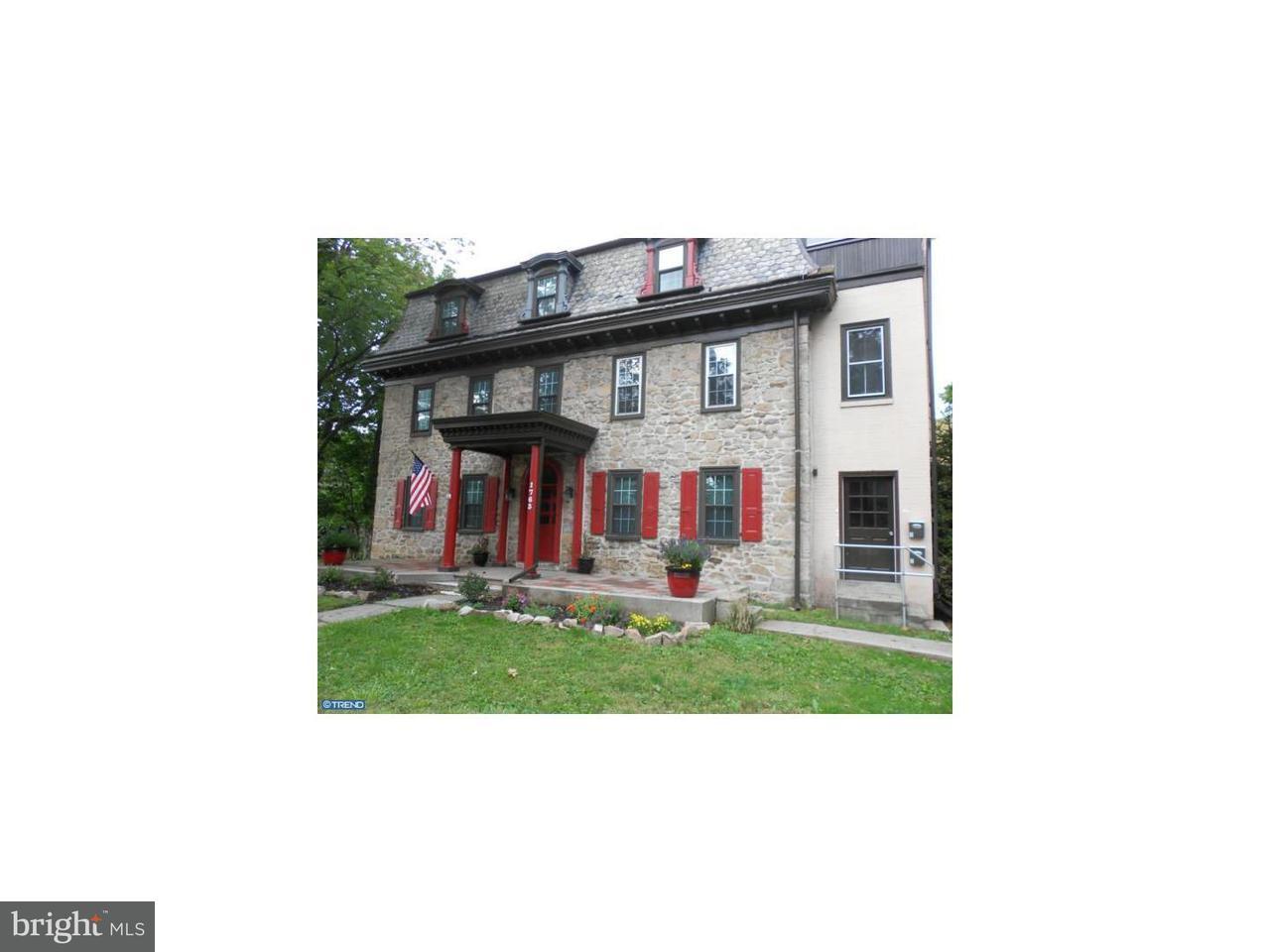 Casa Unifamiliar por un Alquiler en 1763 W MAIN ST #3 Jeffersonville, Pennsylvania 19403 Estados Unidos