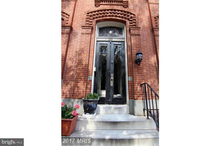 Other Residential for Rent at 210 Laurens St Baltimore, Maryland 21217 United States