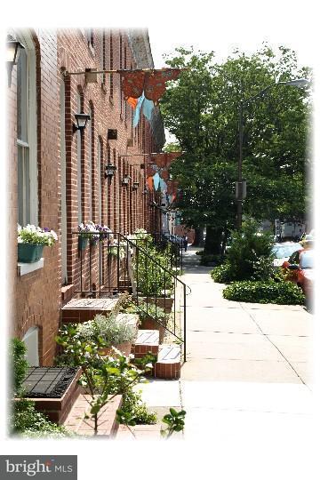 Huis voor meerdere gezinnen voor Verkoop een t 2000 MCELDERRY Street 2000 MCELDERRY Street Baltimore, Maryland 21205 Verenigde Staten