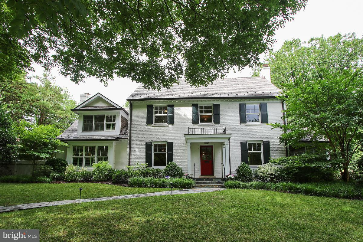 Single Family Home for Sale at 5700 Kirkside Drive 5700 Kirkside Drive Chevy Chase, Maryland 20815 United States