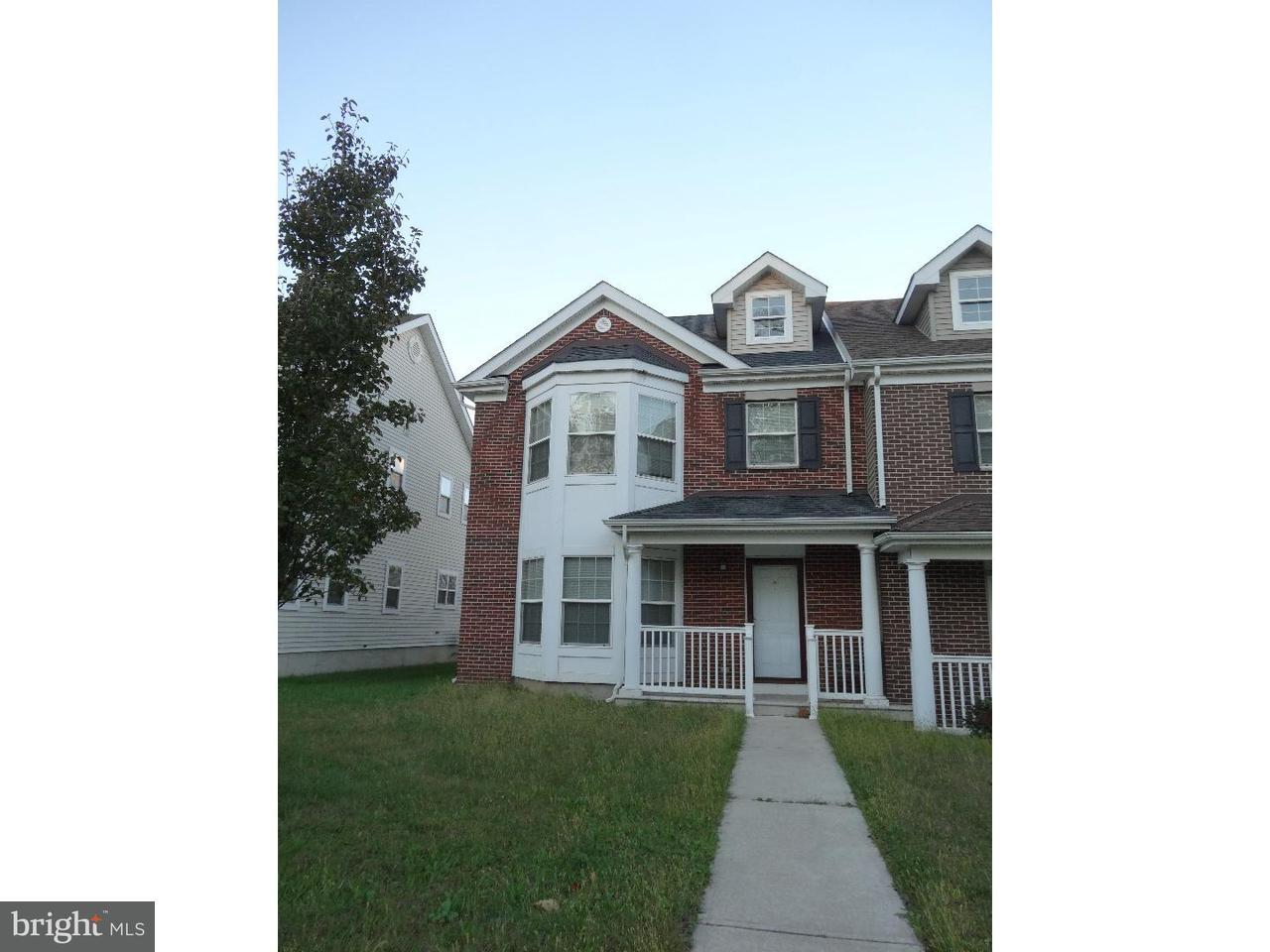 联栋屋 为 出租 在 46 LOUISE Lane 特伦顿, 新泽西州 08618 美国在/周边: Trenton City
