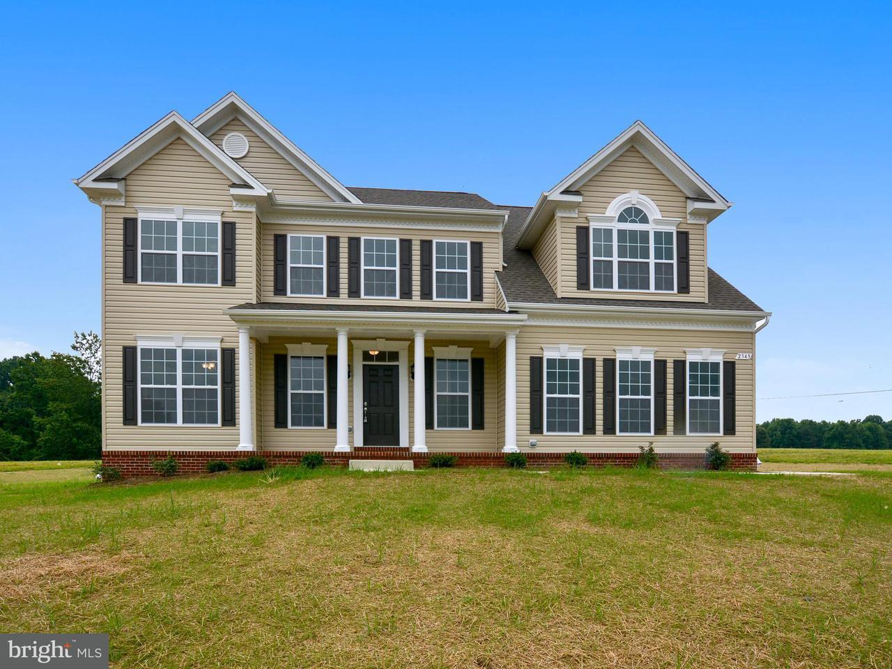 Maison unifamiliale pour l Vente à 12725 H G Trueman Drive 12725 H G Trueman Drive Lusby, Maryland 20657 États-Unis