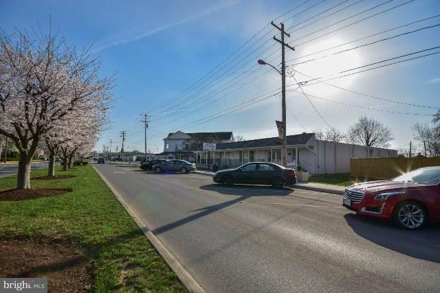 Additional photo for property listing at 308 Fairfax Blvd S  Ranson, West Virginia 25438 United States
