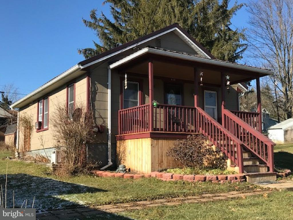 Single Family for Sale at 410 N St Mountain Lake Park, Maryland 21550 United States