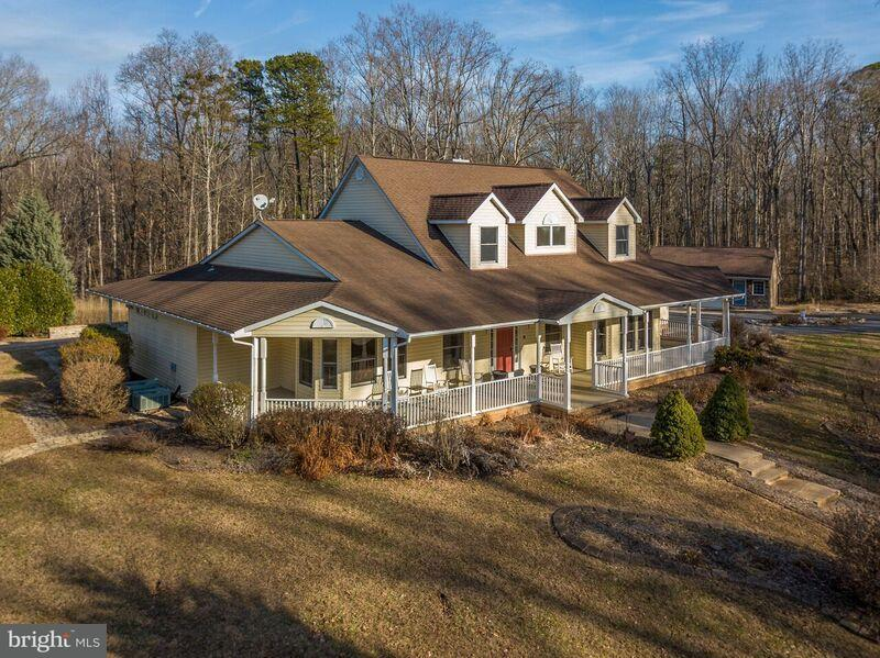 Villa per Vendita alle ore 9493 SUMMER BREEZE Road 9493 SUMMER BREEZE Road Warrenton, Virginia 20186 Stati Uniti