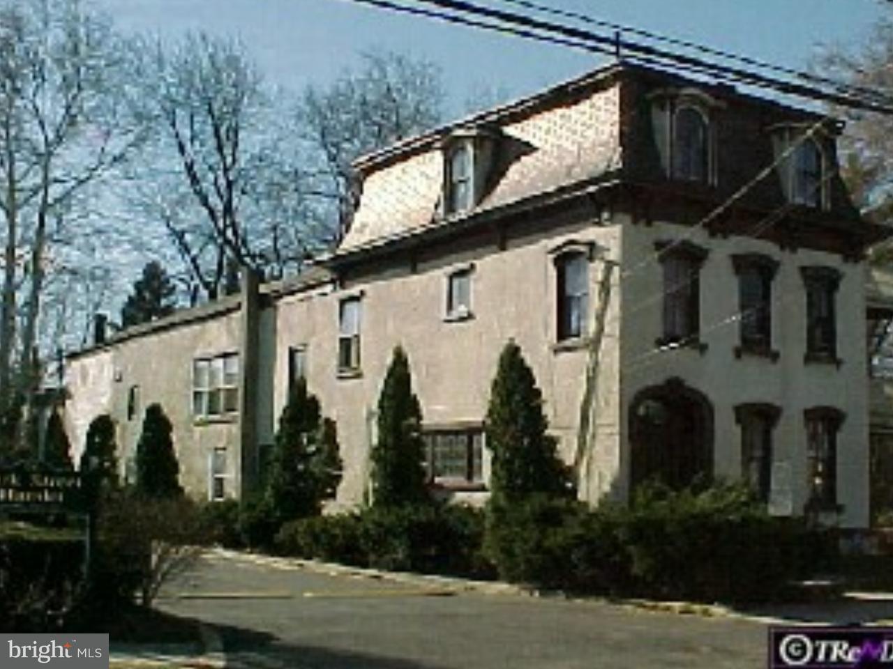 단독 가정 주택 용 임대 에 44 E PARK Street Bordentown, 뉴저지 08505 미국