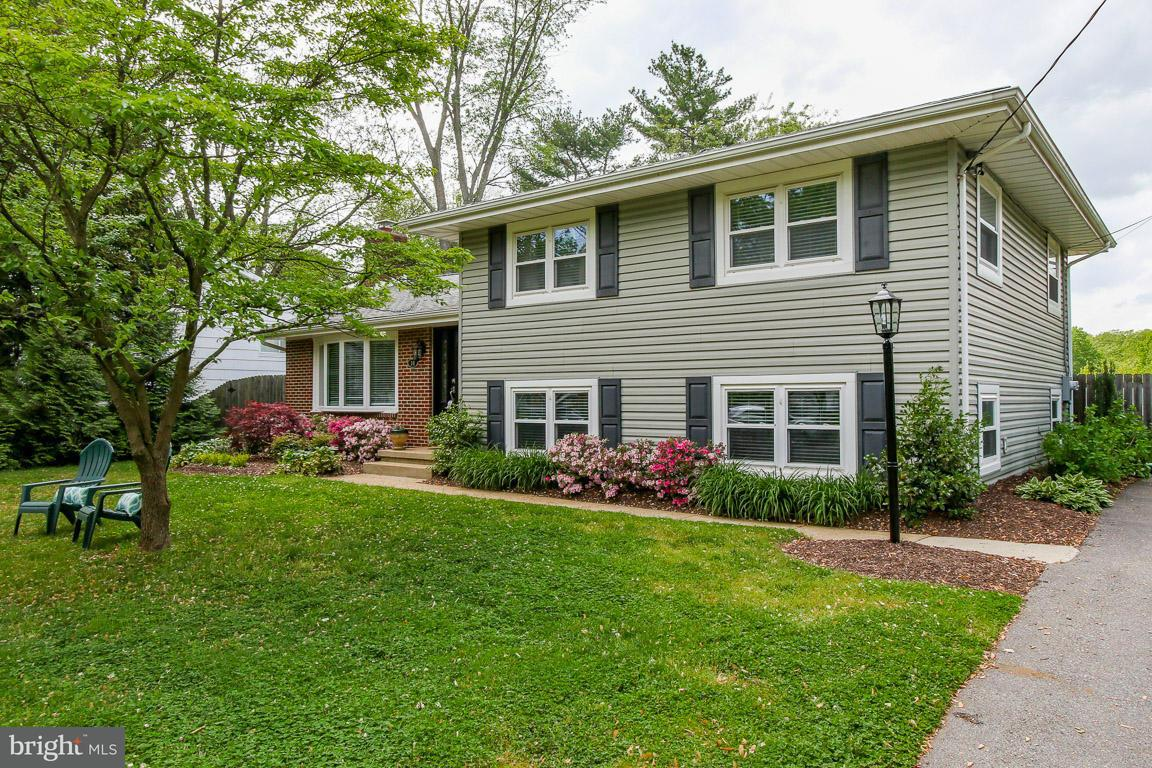 Single Family Home for Sale at 16 WAINWRIGHT Drive 16 WAINWRIGHT Drive Annapolis, Maryland 21401 United States
