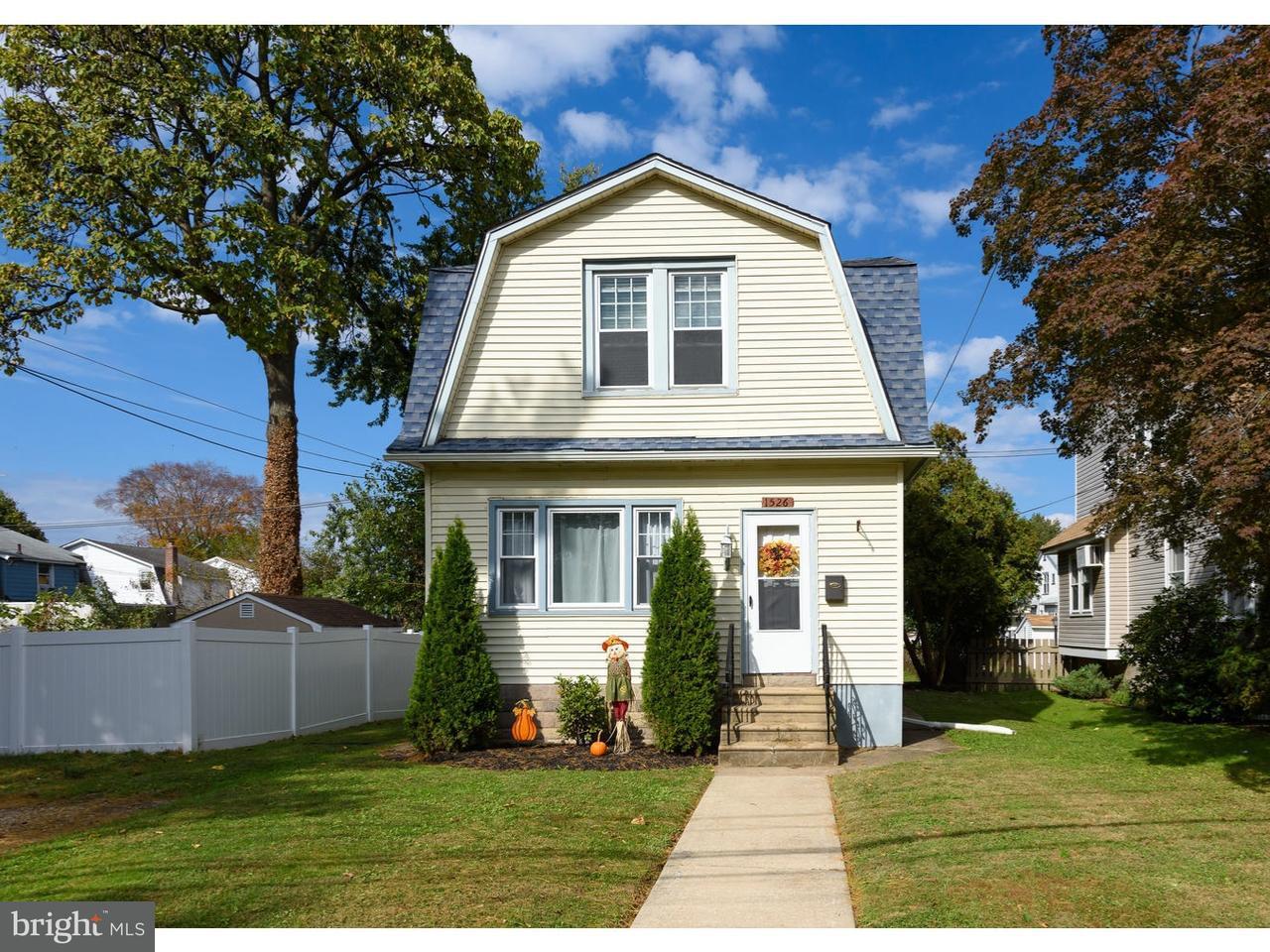 Maison unifamiliale pour l Vente à 1526 VIRGINIA Avenue Folcroft, Pennsylvanie 19032 États-Unis