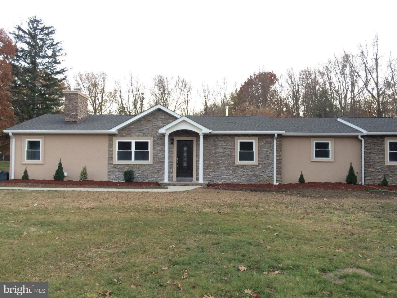 Casa Unifamiliar por un Alquiler en 131 EDGEBROOK RD #A Hamilton, Nueva Jersey 08691 Estados UnidosEn/Alrededor: Hamilton Township