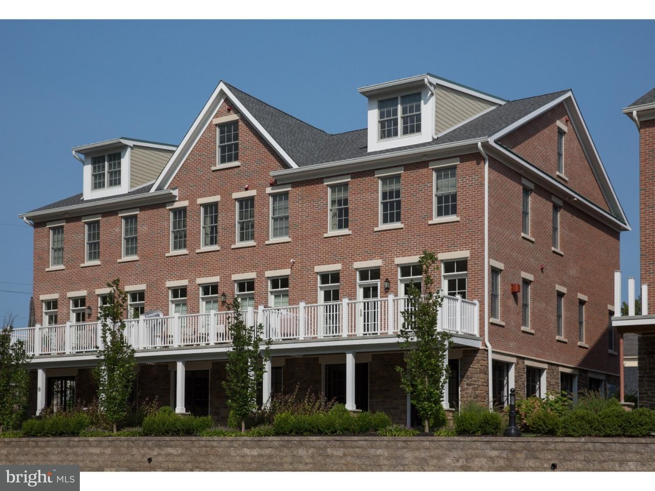 Appartement en copropriété pour l Vente à 7 RIVER MILLS Drive Frenchtown, New Jersey 08825 États-UnisDans/Autour: Frenchtown Borough
