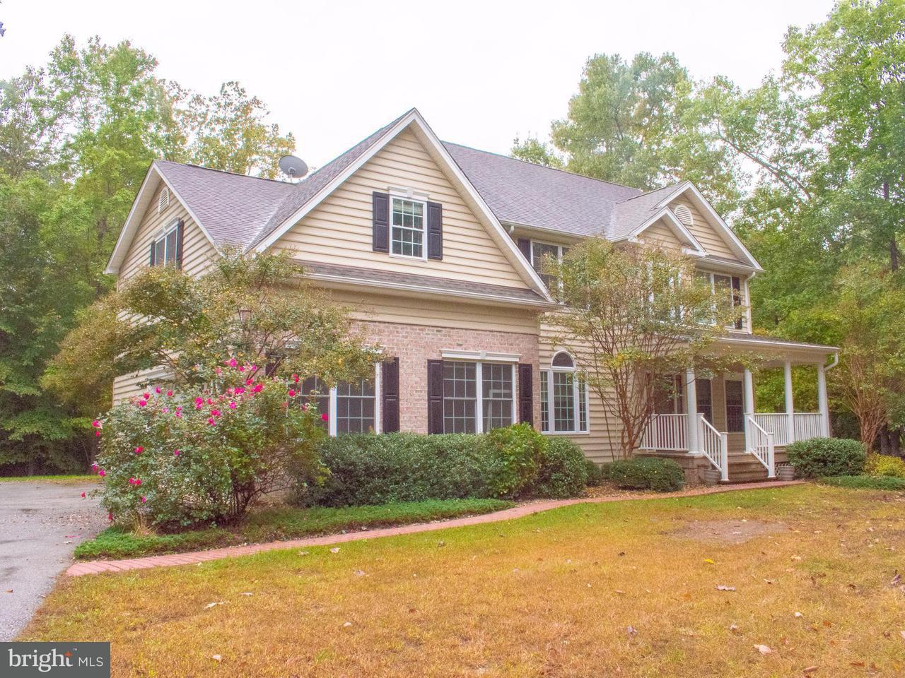 独户住宅 为 销售 在 820 CHIPPINGWOOD Drive 820 CHIPPINGWOOD Drive Port Republic, 马里兰州 20676 美国