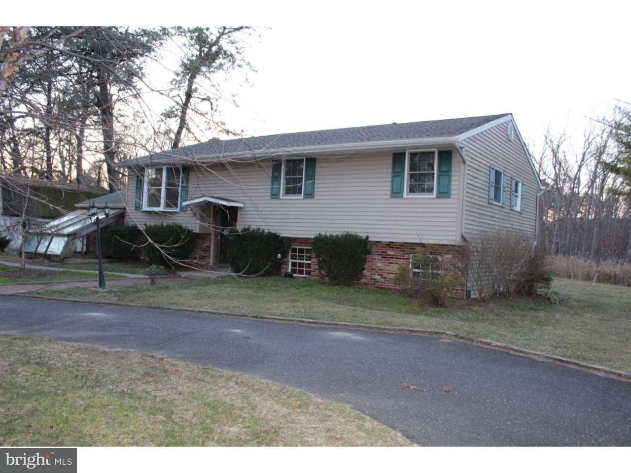 Частный односемейный дом для того Продажа на 2017 OHIO Avenue Waterford Township, Нью-Джерси 08004 Соединенные Штаты