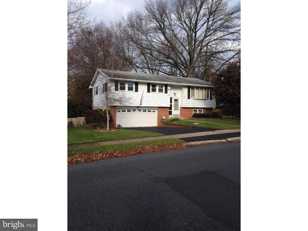 202 LINCOLN DR, Reading PA 19606