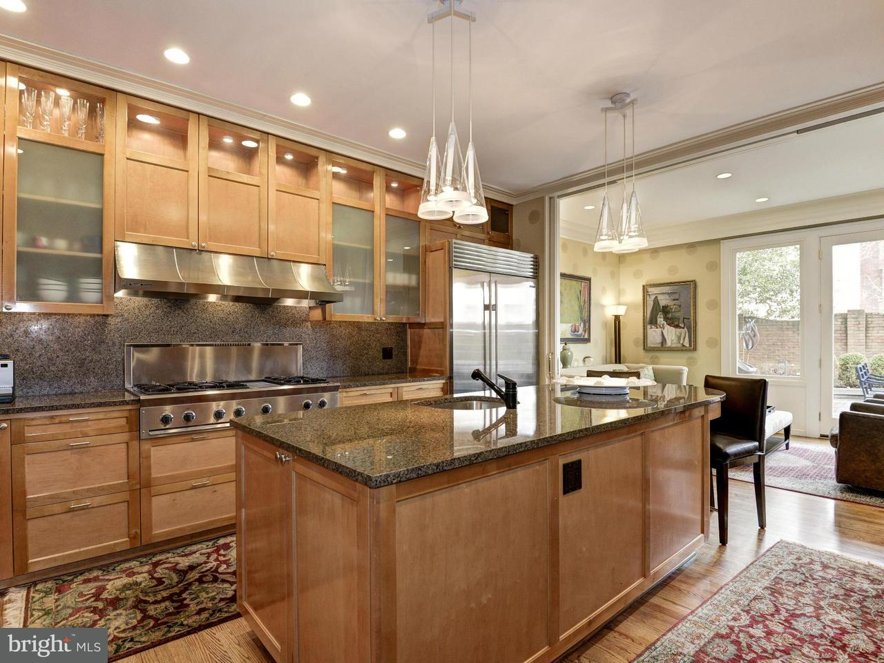 Additional photo for property listing at 1809 Kalorama Square NW  Washington, District Of Columbia 20009 United States