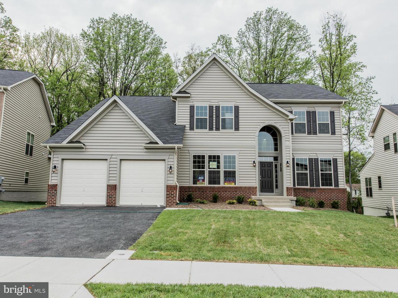Частный односемейный дом для того Продажа на 2408 ST. NICHOLAS WAY 2408 ST. NICHOLAS WAY Glenarden, Мэриленд 20706 Соединенные Штаты