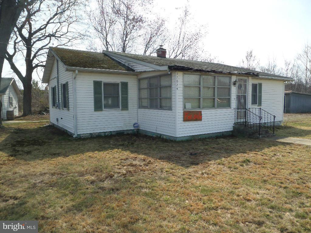 Single Family for Sale at 37829 Paul Ellis Rd Avenue, Maryland 20609 United States