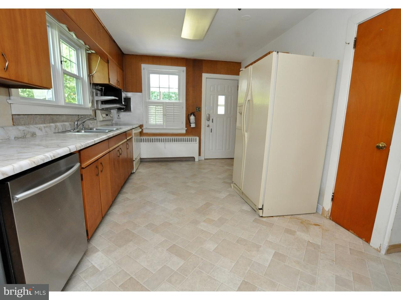 Additional photo for property listing at 156 W CENTRAL Avenue  Moorestown, 新泽西州 08057 美国