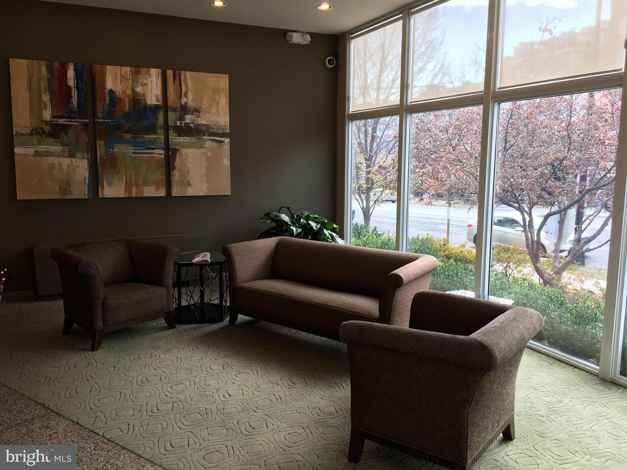 Additional photo for property listing at 2829 Connecticut Ave NW #406  Washington, District Of Columbia 20008 United States