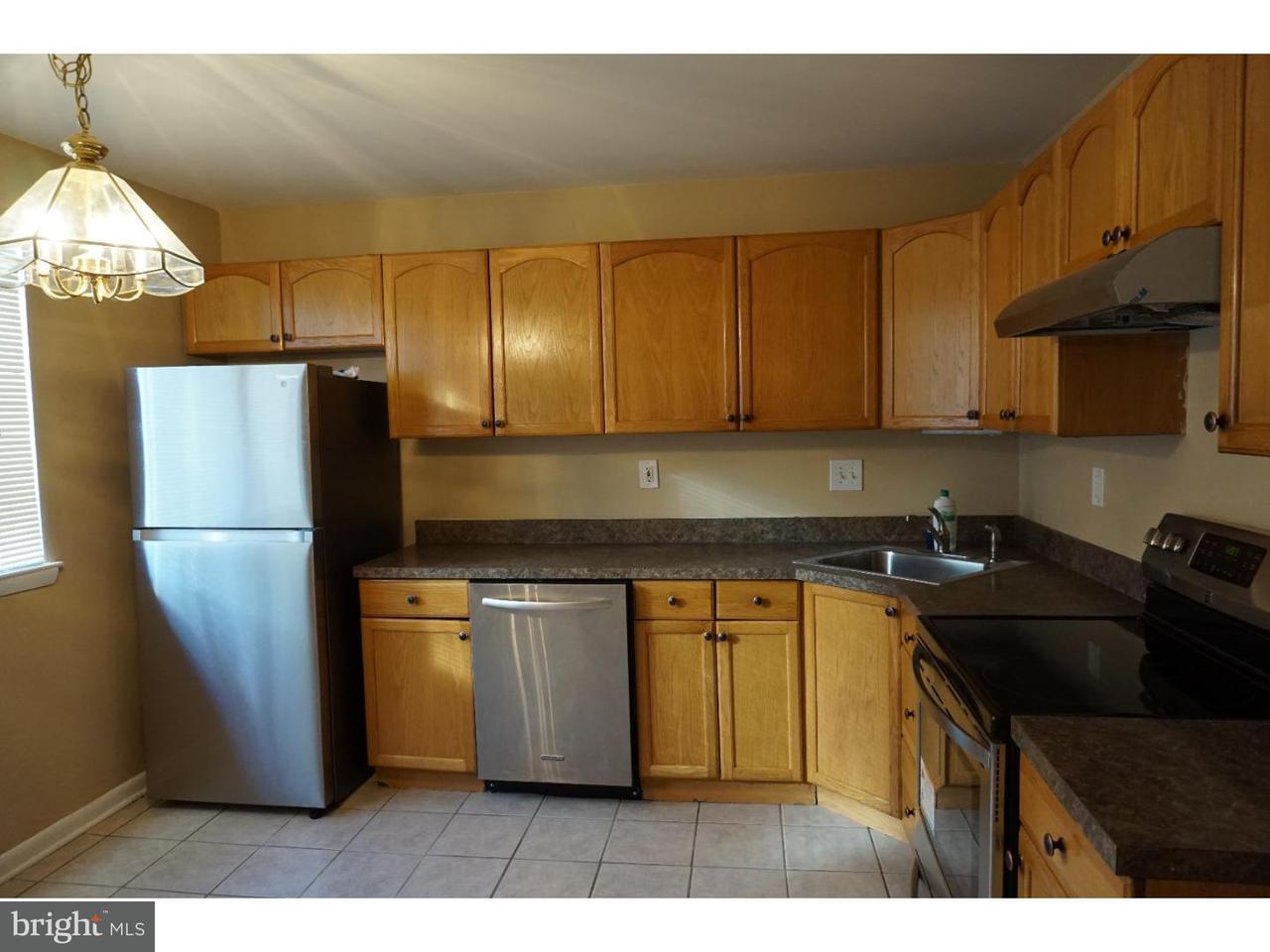 Appartement en copropriété pour l à louer à 1503 MASON RUN Pine Hill, New Jersey 08021 États-Unis